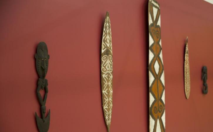 Image of Papua New Guinea objects on display in exhibition